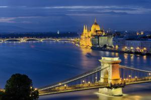 Budapest Kettenbrücke - Parlament
