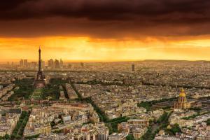 Sunset to Paris
