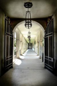 Courtyard Pathway