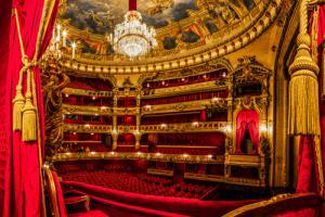 Opera Room III