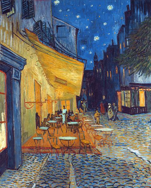 Café-Terrasse am Abend