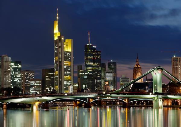 Frankfurt Main Skyline Abend