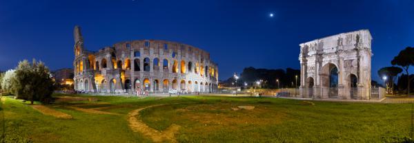 Kolosseum mit Konstantinsbogen Rom