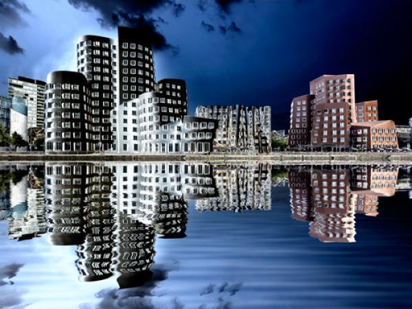 Gehry Bauten Düsseldorf im Medienhafen