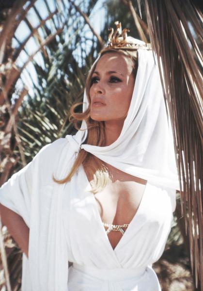 Ursula Andress - SHE