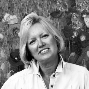 Shirley Novak